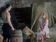 Anita Rinaldi in Betty Blue pleated skirt scenes