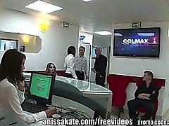 AnissaKate dentista de quentes apanhado a fazer Análise no trabalho!