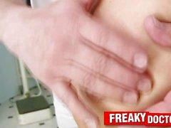 Femenina flacas Jane examen médico de examen ginecológico previo