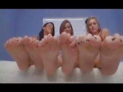 teens feet