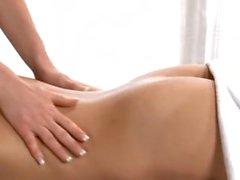 Lesbian massagem dildo anal e squirt pussy
