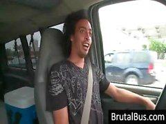 Dostum civciv için etrafaotobüs sürüş ve birini seçer edilir