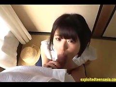 Nuoret japanilaiset MILF kuusikymmentäyksiä ja seksiä ja kumartavat äänekkäästi