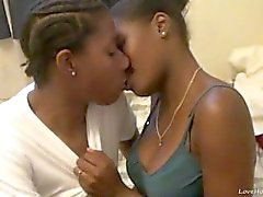 Hot ebony lesbians eat and finger pussies