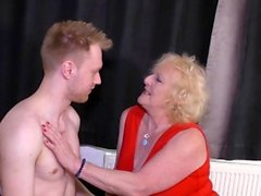 AgedLovE Blonde Reife ein Youngster Hardcore Fuck