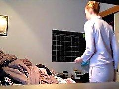 Camera Petita Blonde nascoste