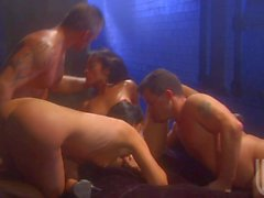 Indien Sommer und Kaylani Lei an 4some orgy