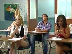 Kagney will italienischen dicken Schwanz versuchen, Lehrer tony knallt sie auf Schreibtisch!