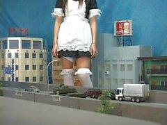 Giantess 005