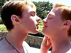 Нагие фильмы геи петухов предоставляющие презервативам впервые Колби не можешь