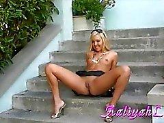 Aaliyah a l'amour de Lusty la fille Affichage des sa chatte chaud