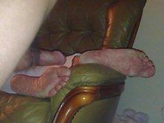 Milf tia Cumshot em pés de sono