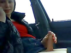 Warm Tgirls in der Auto Rucken