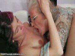 Yaşlı ve genç lezbiyenler azgın yapma Part4 olsun