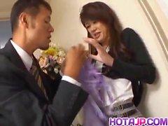 Warin Umino Naughty Asian Hottie bekommt Pussy schlug
