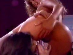 Большой старинный FFM трехсторонний секс