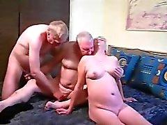 Älteres Bisexuell , saugen nachdem Ficksahne