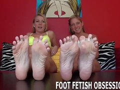 Shilo and Lorianna adore worshiping feet