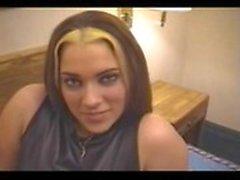 Карен - Дешевая проститутка мотеля с большими губами