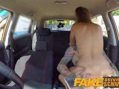 Falso Escola de Condução alunos tesão Sexy secretamente transar no carro instrutores
