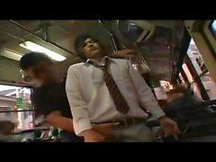 Japonya'da otobüste gay sex