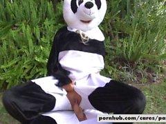 Bridgette B & Alex D Panda-Stil
