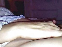 Сильный симпатичный паршивый оргазм