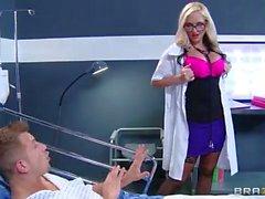 Ronda enfermera culo al aire Azblonde penetrada muy duro
