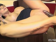 Office Help Joslyn James Sucks off Bosses Cock