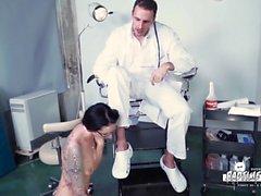 BadTime Stories - Deutsch BDSM Spaß mit frechen Krankenschwester