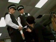 Policeboy Scène 2 DP