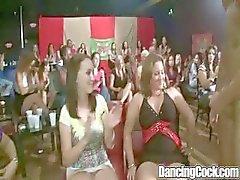 Dancingcock Sykkivä Cock BJ Orgy
