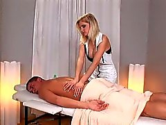 darina massage table