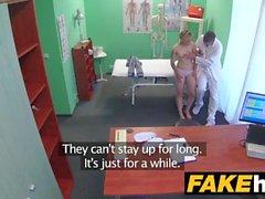Falso Hospital Doutor traz sentimento de volta para bichano com caralho duro