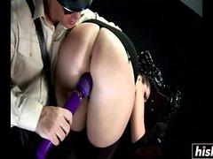 Paige Turnah geme de prazer enquanto fodendo