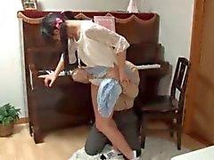 Asian peituda buceta empregada adolescente brincou upskirt
