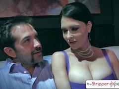 Опыт Stripper - Джессика Джеймс и Сильвия Сайге, трахающая большой член