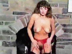 MOOD FOR DANCING - vintage big tits blonde vs brunette