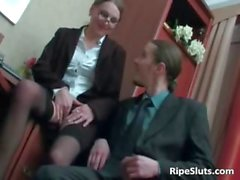 Slutty mature secretary gets hot pussy