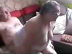 La abuela y Abuelo Visto Sexuales