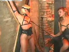 Fetish fun in the dungeon
