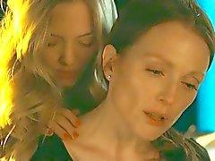 Lesbian scene from Julianne Moore and Amanda Seyfried