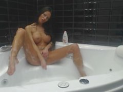 MiaMaxx bubblebath shaving,masturbation, dildoing