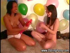 Dildos gençlik Eşcinsel sürtükler partinin
