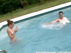 Big brunette having fun with skinny redhead
