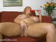 Grossi seni Ciccione con suocera di Samantha 38G del succhia Dolciumi di cazzo