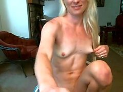 Erotic Solo Webcam peach Rubbing and Fingering