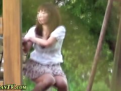 Highheels asian pissing