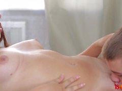 18 Videoz - Diana Dali - Ufacık ve onun sıcak seks zevk bf