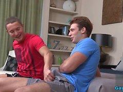 sexe anal gay musculaire avec clip de creampie 1